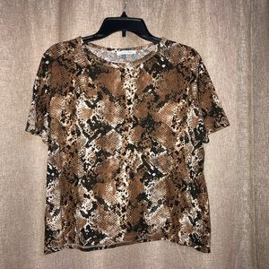 Zara animal / snake print fashion tee ❤️